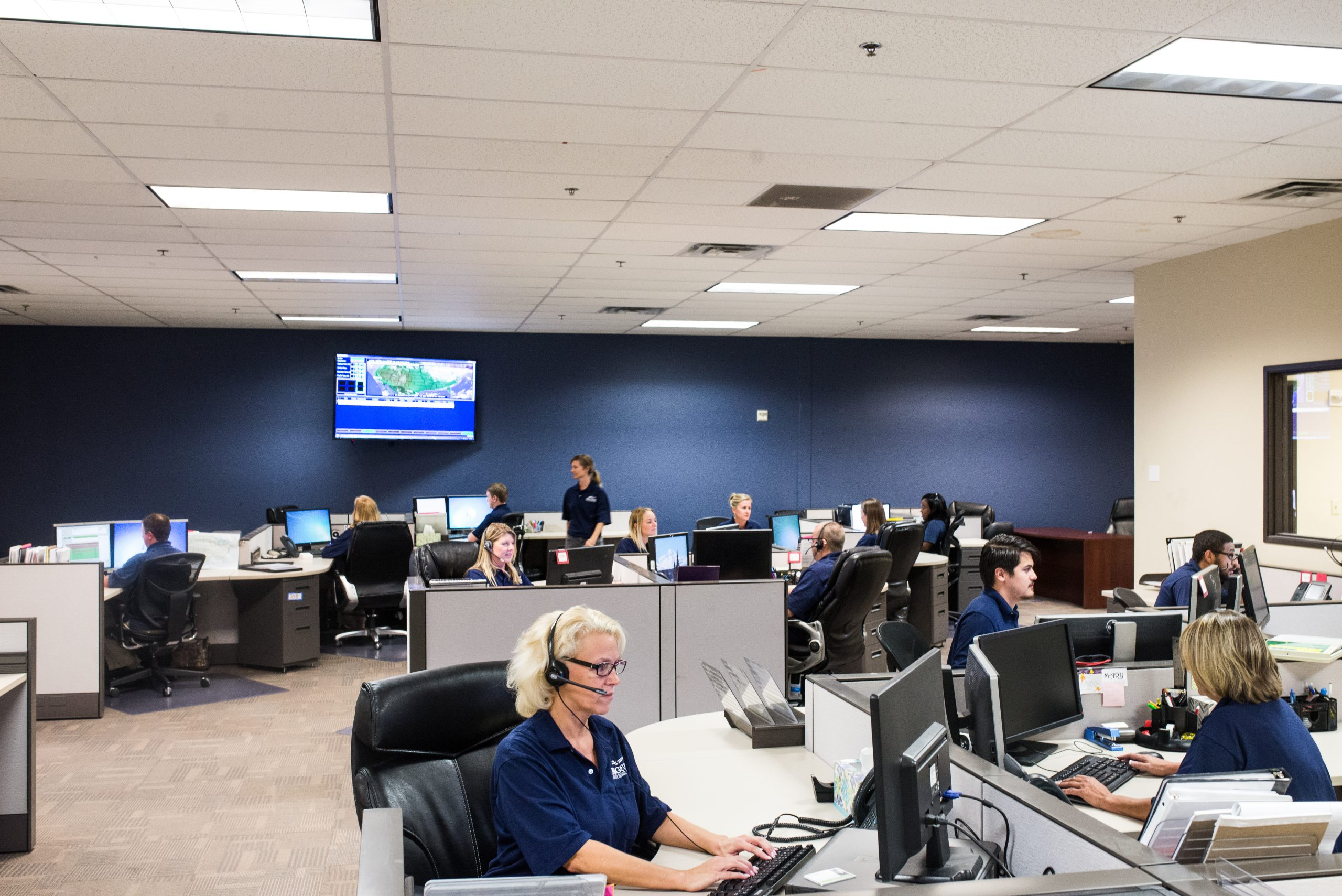 What is an Advanced Emergency Medical Dispatch Certification?