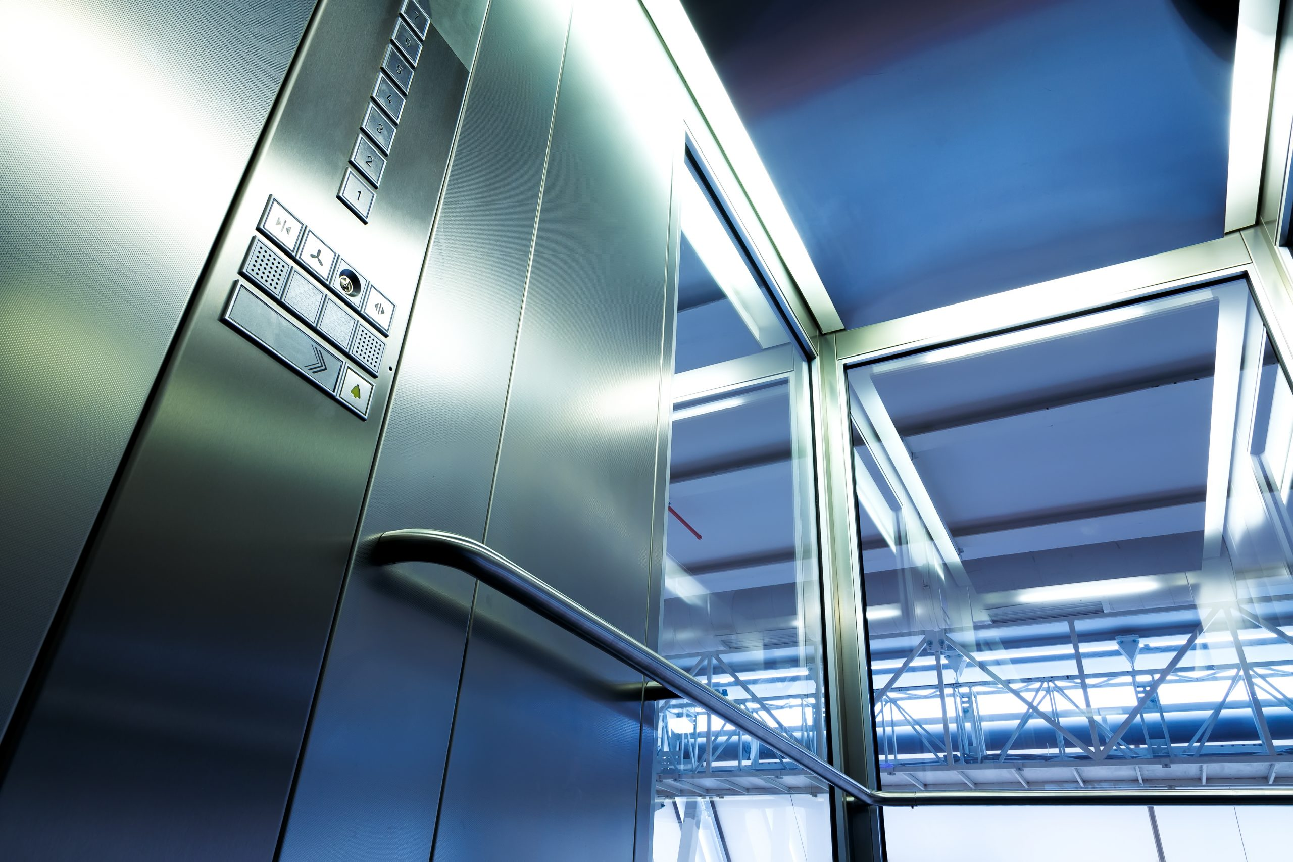 The Hottest Current Elevator Upgrade : Machine Room-Less Elevator